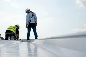How to Become a Roofer (1)